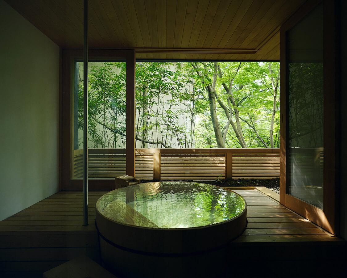 白緑の風呂
